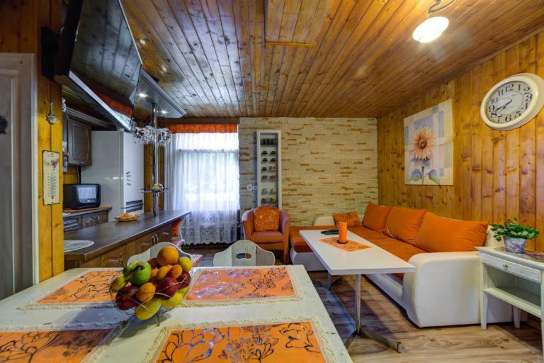 Romanticka chata Liptovský Ján obyvacka