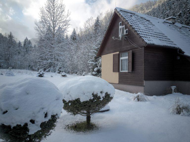 Romanticka chata Liptovský Ján a sneh