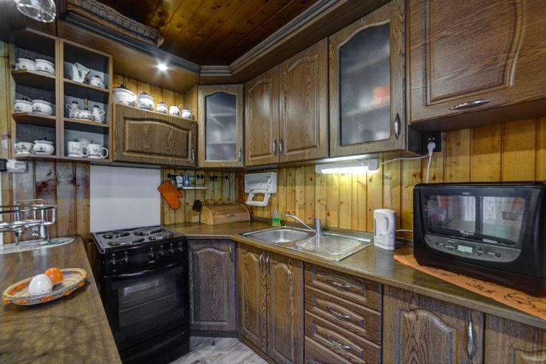 Romanticka chata Liptovský Ján kuchyna