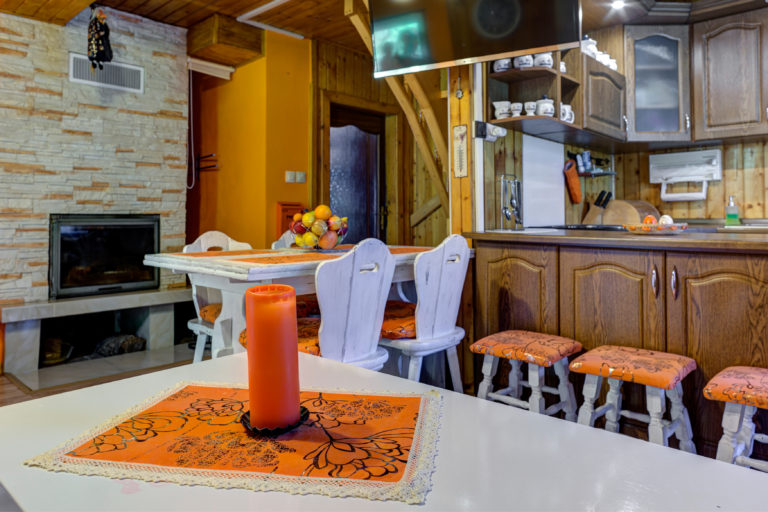 Romanticka chata Liptovský Ján sviecka